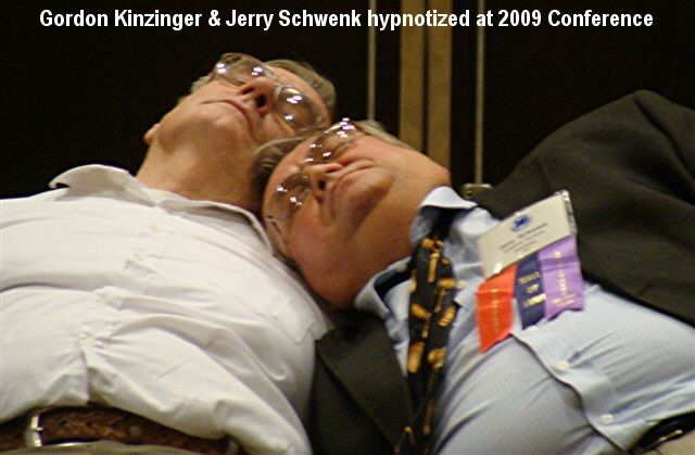Kinzinger-SchwenkHypnotized2009-txt